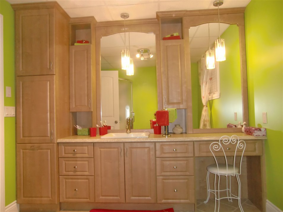 R alisations de style classique sp cialit m m Armoires salle de bain