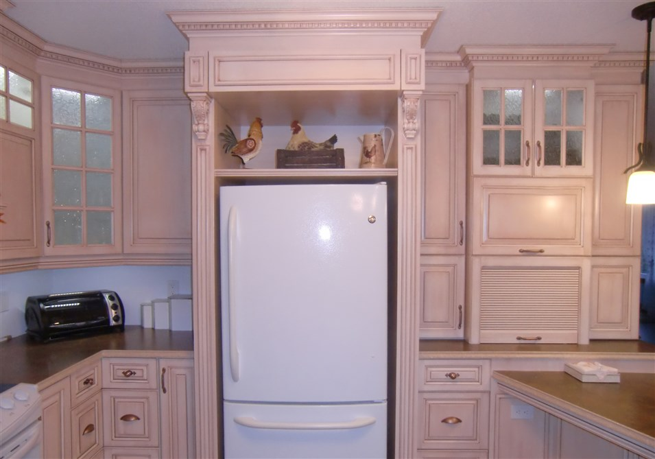 Armoire Cuisine Style Classique Pictures to pin on Pinterest
