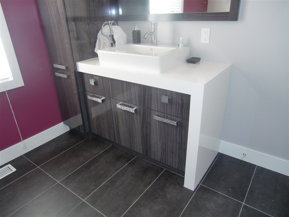 Beautiful Vanite Salle De Bain Liquidation Contemporary - House ...